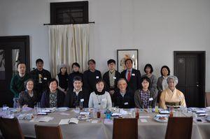 1月に開催された「さが連詩」12号の発行記念会の参加者
