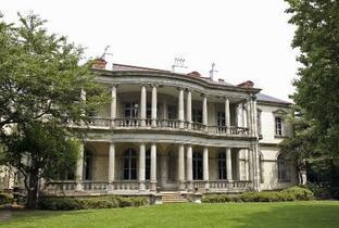 「旧島津家本邸」重要文化財に