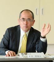 弁護士・牟田清敬氏(座長)