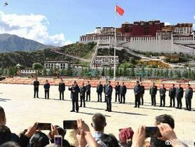 中国・習近平主席、チベット視察