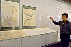 現代と変わらない精度の「伊能図」の縮小版コピー=佐賀市の佐野常民記念館