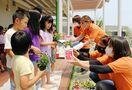「商工会の日」花苗250本、こども園など5施設に 小城市…