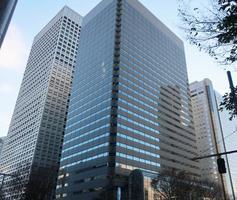 オリンパスの本社が入るビル=22日、東京都新宿区
