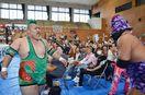 九州プロレスの激闘に唐津沸く 地元出身・野崎選手が勝利