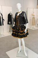 久留米絣を使ったドレス「蜻蛉(トンボ)」(2010年)