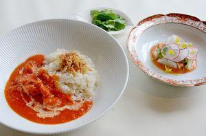吉武広樹さんが手がけた「ありた鶏と赤パプリカのココナツカレー」
