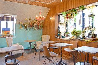 八子(やご)の花カフェ