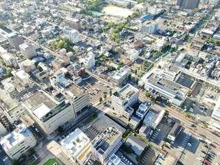 <県都点検 佐賀市長選を前に①>中央大通りの陰り 空き地増、ビル解体続々