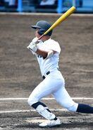 <高校野球>武雄、15安打の猛攻