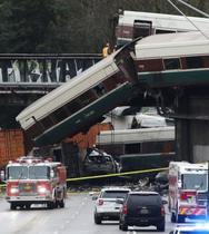 米西部で列車脱線、6人死亡