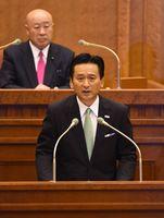 2期目の出馬を表明した山口祥義知事=県議会