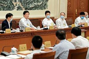 28日、「香港国家安全維持法」案を審議する中国全人代常務委員会の分科会=北京(新華社=共同)