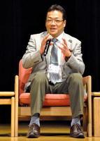 九州医療センター免疫感染症内科の高濱宗一郎医師