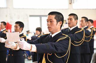 期待に応えられる消防職員に 県消防学校卒業式
