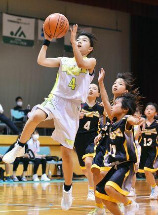 <学童五輪・ミニバスケット>女子 長松2年ぶり優勝