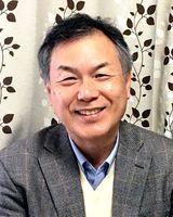 講演する浅井春夫さん