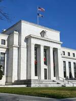 米FRB、ゼロ金利を継続 景気改善強調、完全回復はまだ|全国の ...