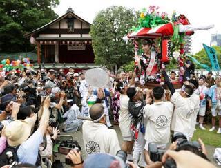 愛染娘の祭りパレード中止、大阪