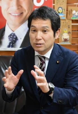 ニュースこの人 発足した民進党の佐賀県連代表 大串 博志さん(50)