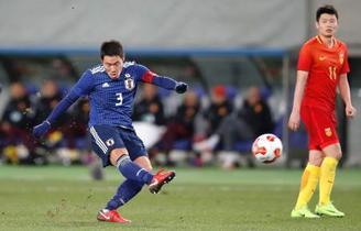 サッカー日本、中国下し2連勝