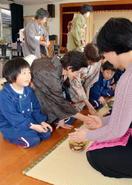 3月閉園の芦刈幼稚園で最後のお点前