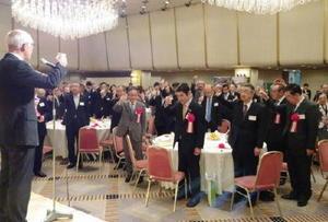 首都圏在住の佐賀県出身者ら約300人が親睦を深めた東京佐賀県人会大会=東京・飯田橋のホテルグランドパレス