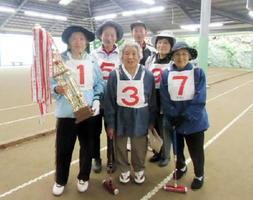 唐津市GB協会・第13回女子オープンGB大会で優勝した有浦上チーム