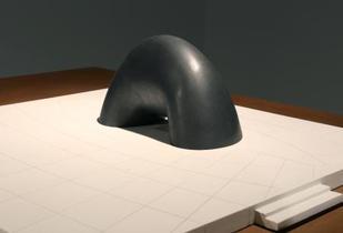 広島の幻の慰霊碑、原爆も表現