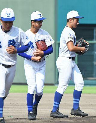 <SSP杯 高校野球>北陵、守備にほころび 早稲田佐賀11-4北陵