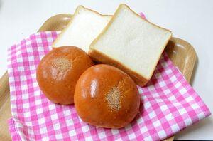 三幸パンのあんパン
