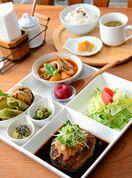 Kitchen Cafe リーフ
