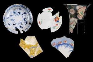 (左上から時計回りに)初期伊万里様式、柿右衛門様式、古伊万里様式、鍋島様式、古九谷様式