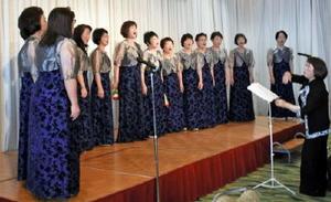 5月28日に唐津市文化体育館文化ホールで結成35周年記念コンサートを開く「ルピナス・エコー」