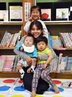 (上から)橋本あかりちゃん(5)、わかなさん(29)、應志郎くん(2)、悠将くん(0)=佐賀市