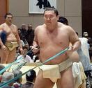 大相撲春巡業、白鵬が復帰