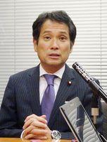 記者会見を開き、希望の党共同代表選への立候補を表明した大串博志衆院議員=東京・永田町の衆院第1議員会館