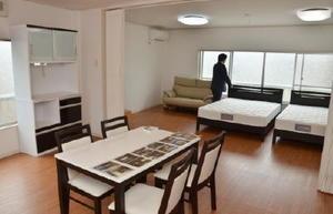 移住体験住宅として生まれ変わった旧消防団格納庫の2階部分=基山町宮浦