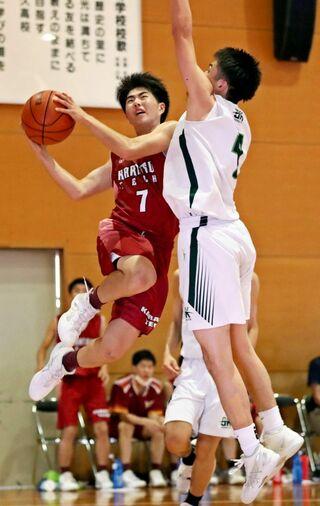 <SSP杯・第3日>13競技で熱戦 バスケ男子、唐津工初の夏頂点