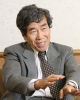 インタビューに答える公正取引委員会の杉本和行委員長