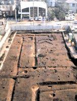 大正町西浦遺跡で確認された道路と溝跡