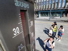 列島各地で猛暑、1人死亡
