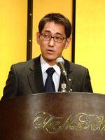優秀な人材確保にむけて決意を語る松尾哲吾会長=佐賀市のホテルニューオータニ佐賀
