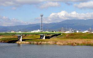 現在は国道3号・千歳橋で川を渡る