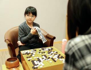 囲碁の菫初段、公式戦10勝目