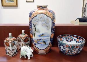 「有田まちなか古陶磁オークション」に出品される江戸・明治期の焼き物