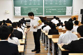 県職員1次試験198人チャレンジ 平均倍率6.4倍