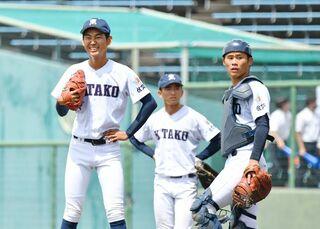 <高校野球>佐賀北、あと一本出ず エース荒谷、入魂117球