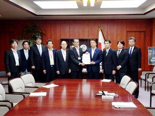 佐賀など4県漁業団体、有明海再生を農相に要望