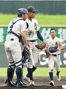 <高校野球>唐津西、下手投げの緩急に苦しむ 好機に一本出ず