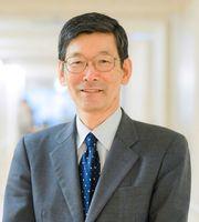 好生館理事長に就任する桐野高明氏